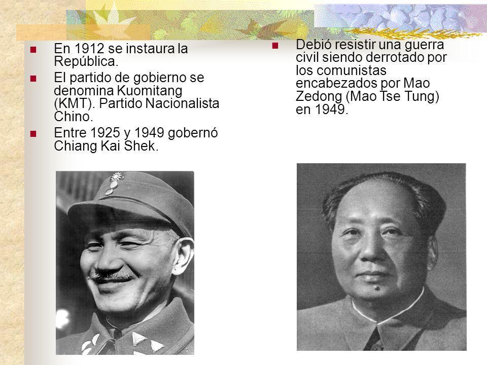 Debió resistir una guerra civil siendo derrotado por los comunistas encabezados por Mao Zedong (Mao Tse Tung) en 1949.
