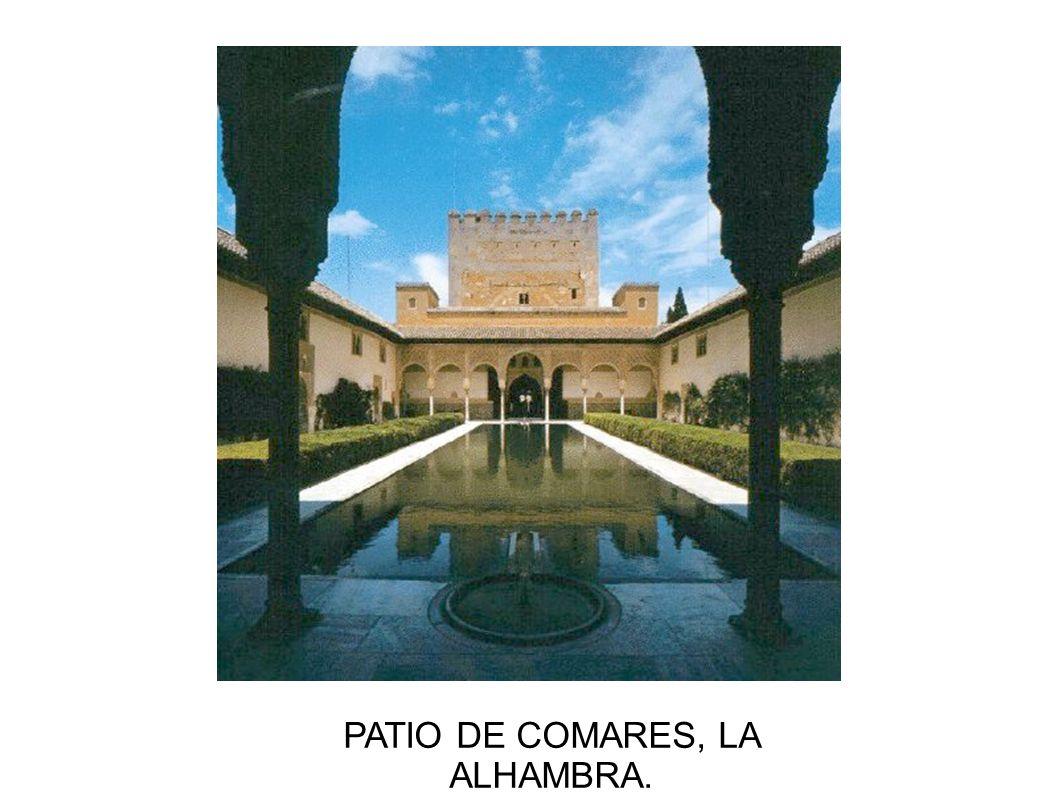 PATIO DE COMARES, LA ALHAMBRA.