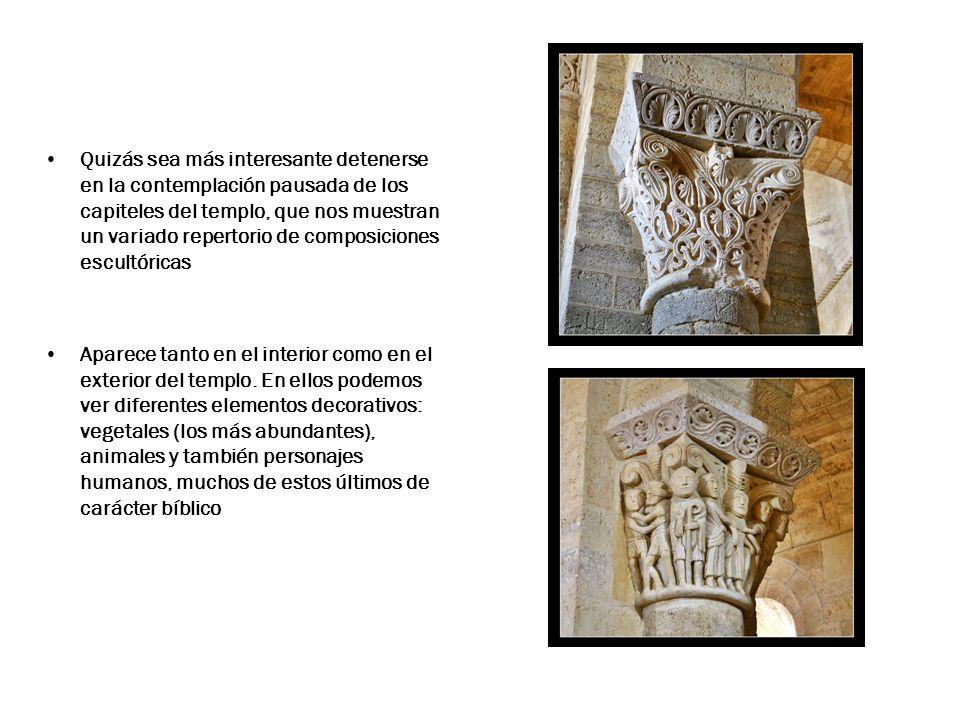 Quizás sea más interesante detenerse en la contemplación pausada de los capiteles del templo, que nos muestran un variado repertorio de composiciones escultóricas