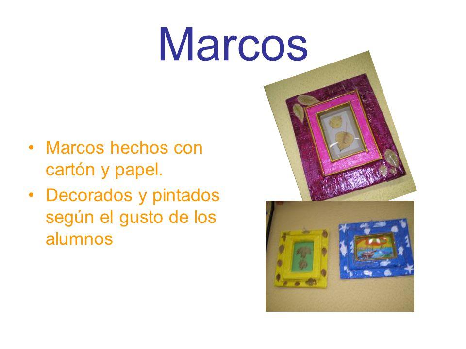 Marcos Marcos hechos con cartón y papel.