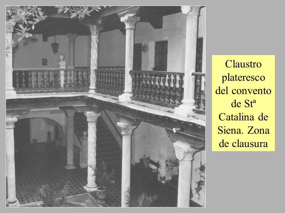 Claustro plateresco del convento de Stª Catalina de Siena