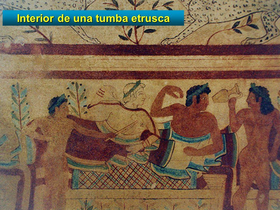 Interior de una tumba etrusca