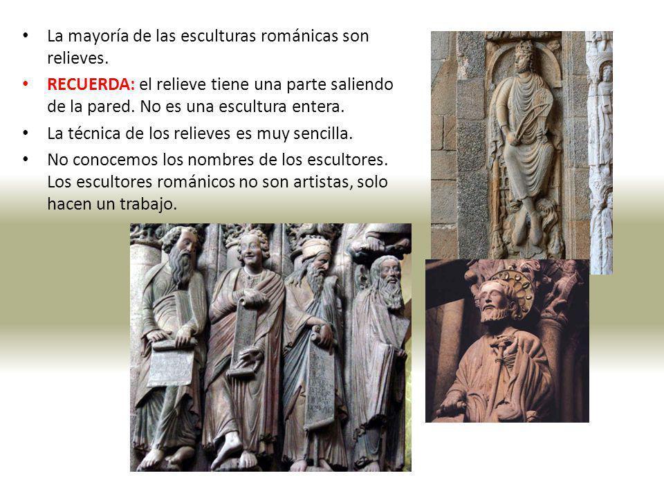 La mayoría de las esculturas románicas son relieves.