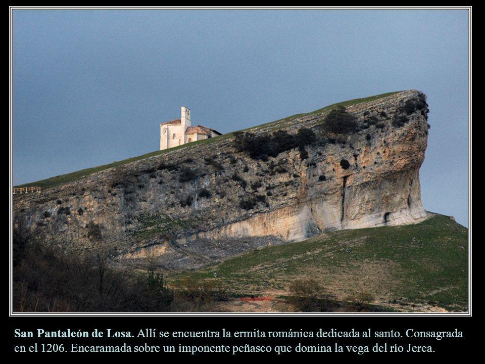 San Pantaleón de Losa. Allí se encuentra la ermita románica dedicada al santo.