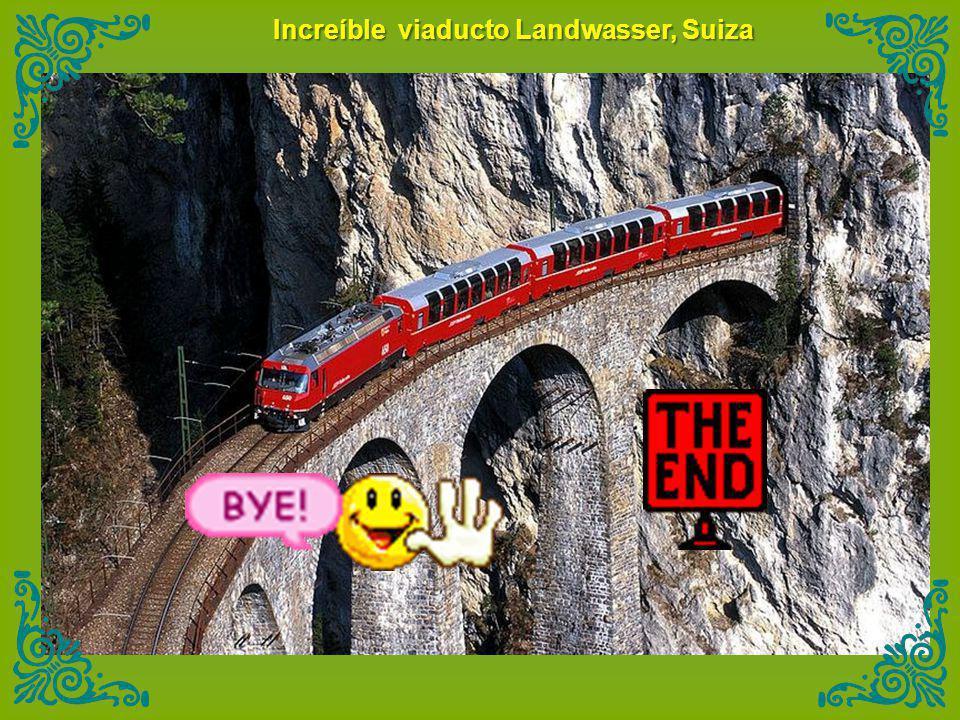 Increíble viaducto Landwasser, Suiza