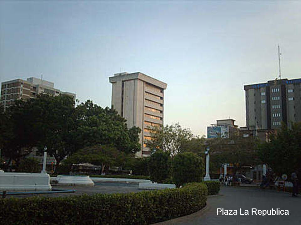Plaza La Republica