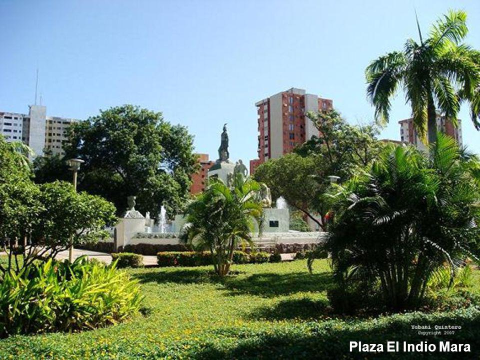 Plaza El Indio Mara