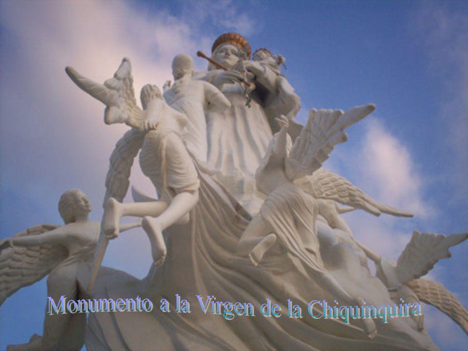 Monumento a la Virgen de la Chiquinquira