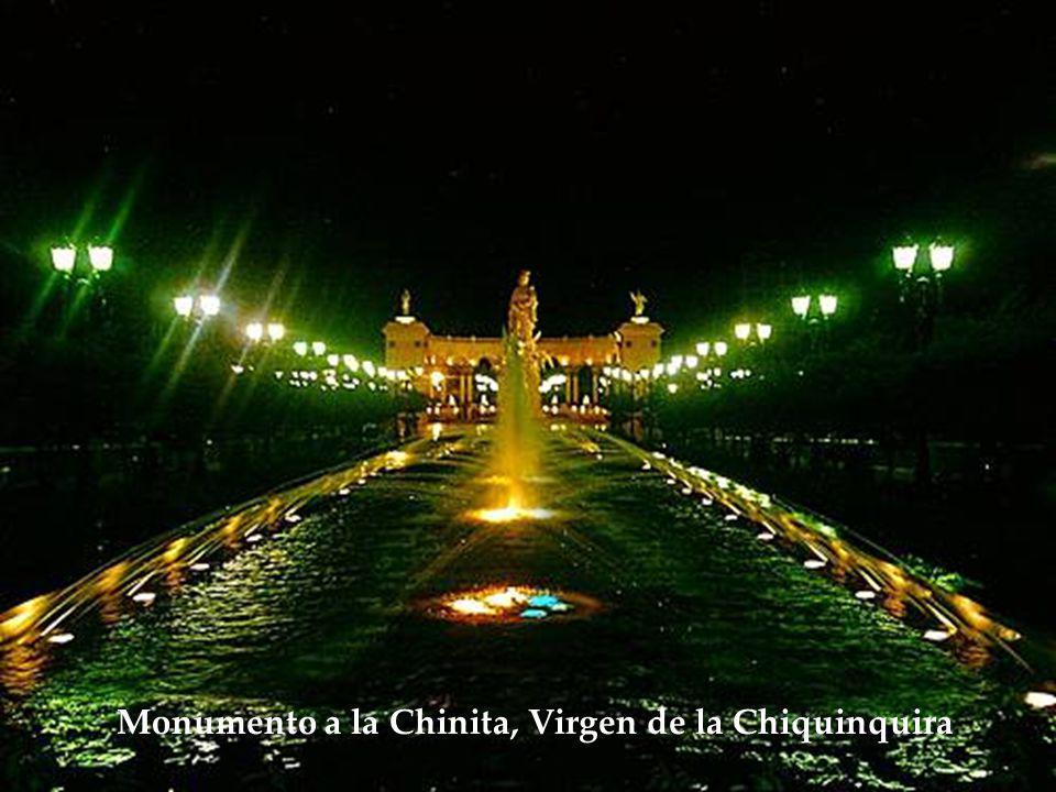 Monumento a la Chinita, Virgen de la Chiquinquira