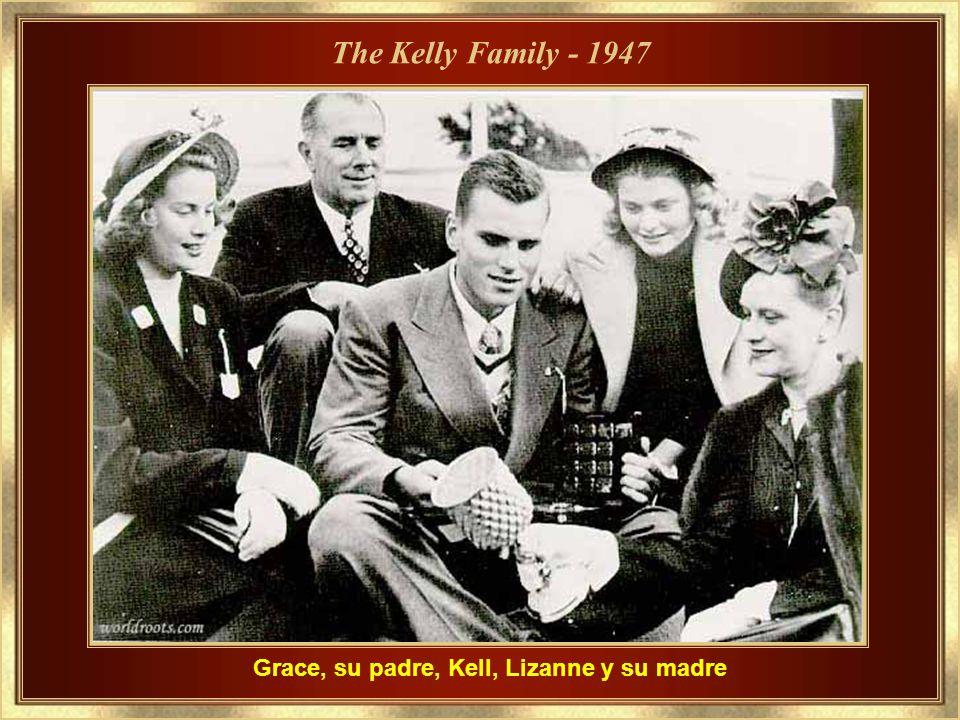 Grace, su padre, Kell, Lizanne y su madre