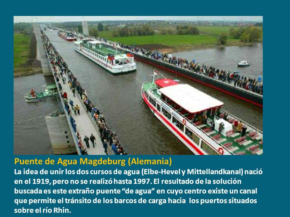 Puente de Agua Magdeburg (Alemania)