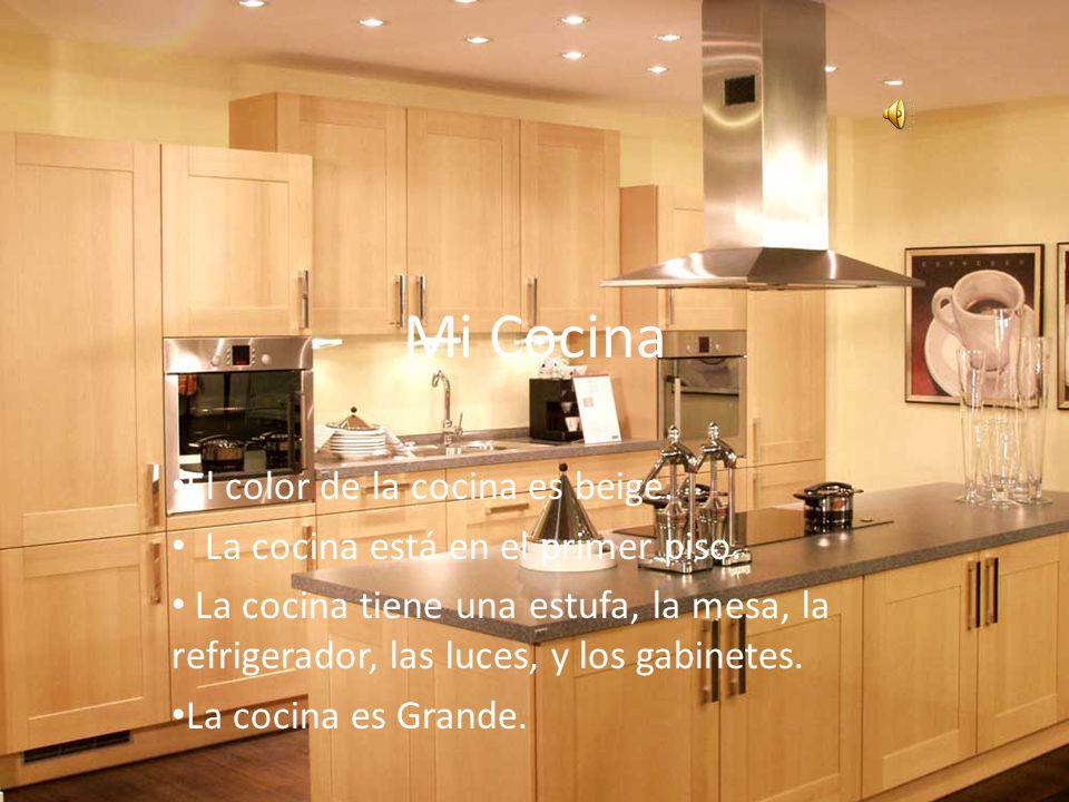 Mi Cocina El color de la cocina es beige.