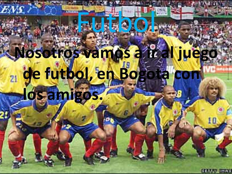 Futbol Nosotros vamos a ir al juego de futbol, en Bogota con los amigos.