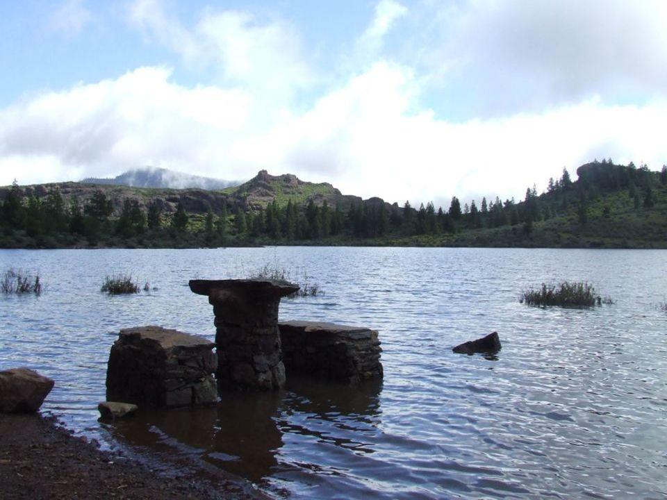 Mesas en el agua de Las Niñas