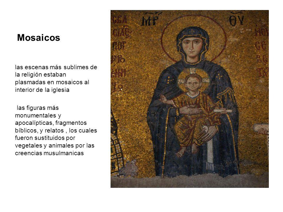 Mosaicos las escenas más sublimes de la religión estaban plasmadas en mosaicos al interior de la iglesia.