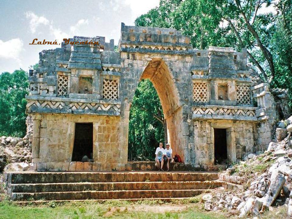 Labná, Yucatán Photo © Galeria Pod Pikami