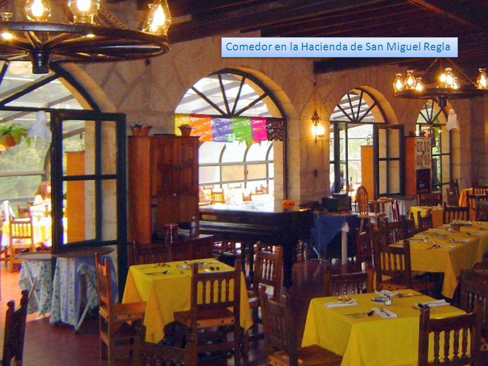 Comedor en la Hacienda de San Miguel Regla