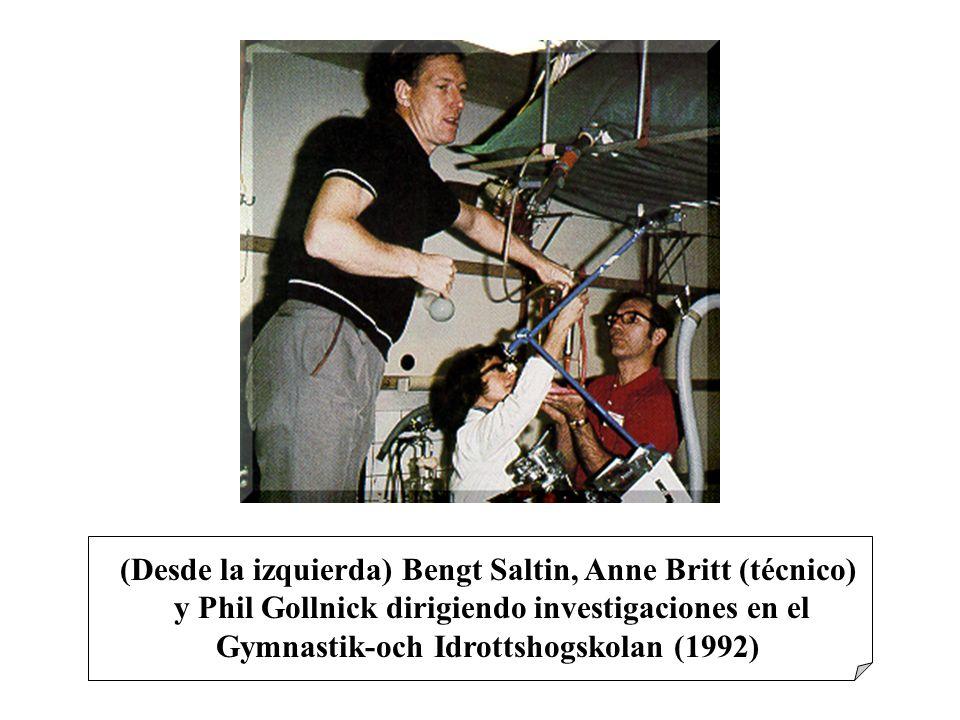 (Desde la izquierda) Bengt Saltin, Anne Britt (técnico)