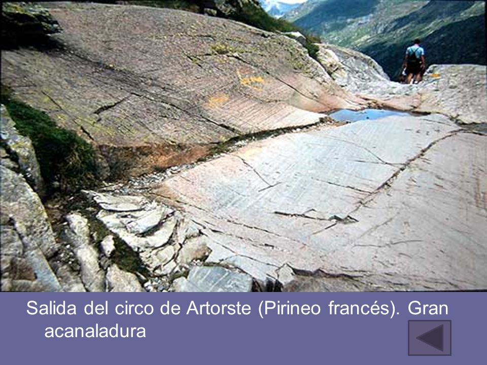 Salida del circo de Artorste (Pirineo francés). Gran acanaladura