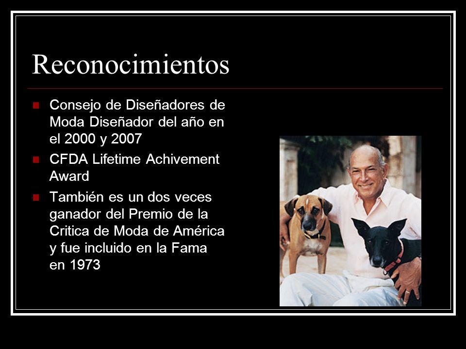 Reconocimientos Consejo de Diseñadores de Moda Diseñador del año en el 2000 y 2007. CFDA Lifetime Achivement Award.