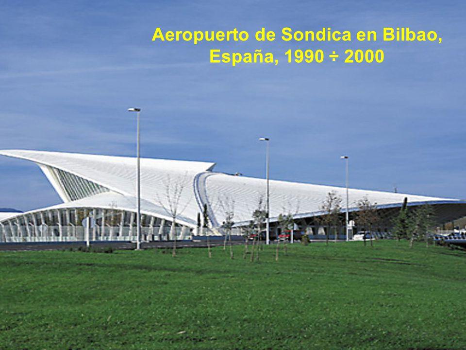 Aeropuerto de Sondica en Bilbao, España, 1990 ÷ 2000