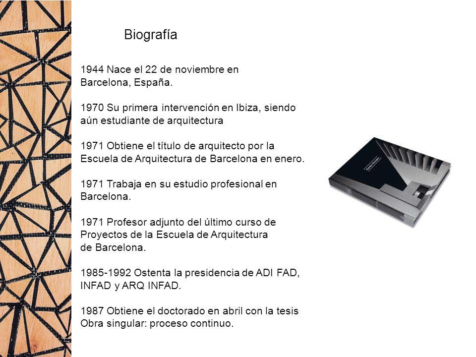 Biografía 1944 Nace el 22 de noviembre en Barcelona, España.