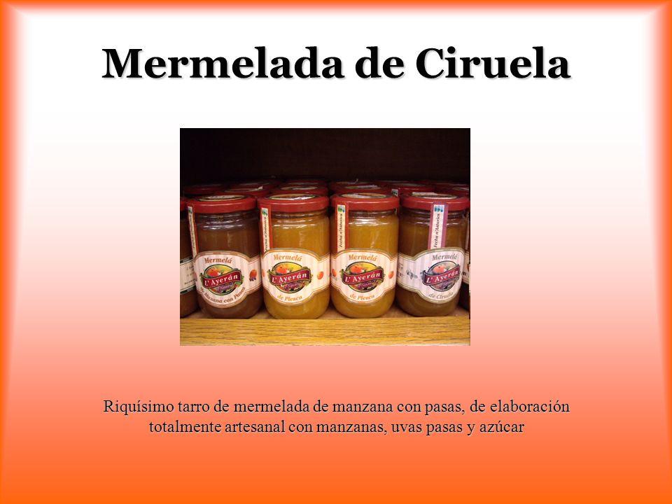 Mermelada de Ciruela Riquísimo tarro de mermelada de manzana con pasas, de elaboración totalmente artesanal con manzanas, uvas pasas y azúcar.