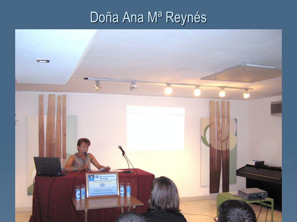 Doña Ana Mª Reynés