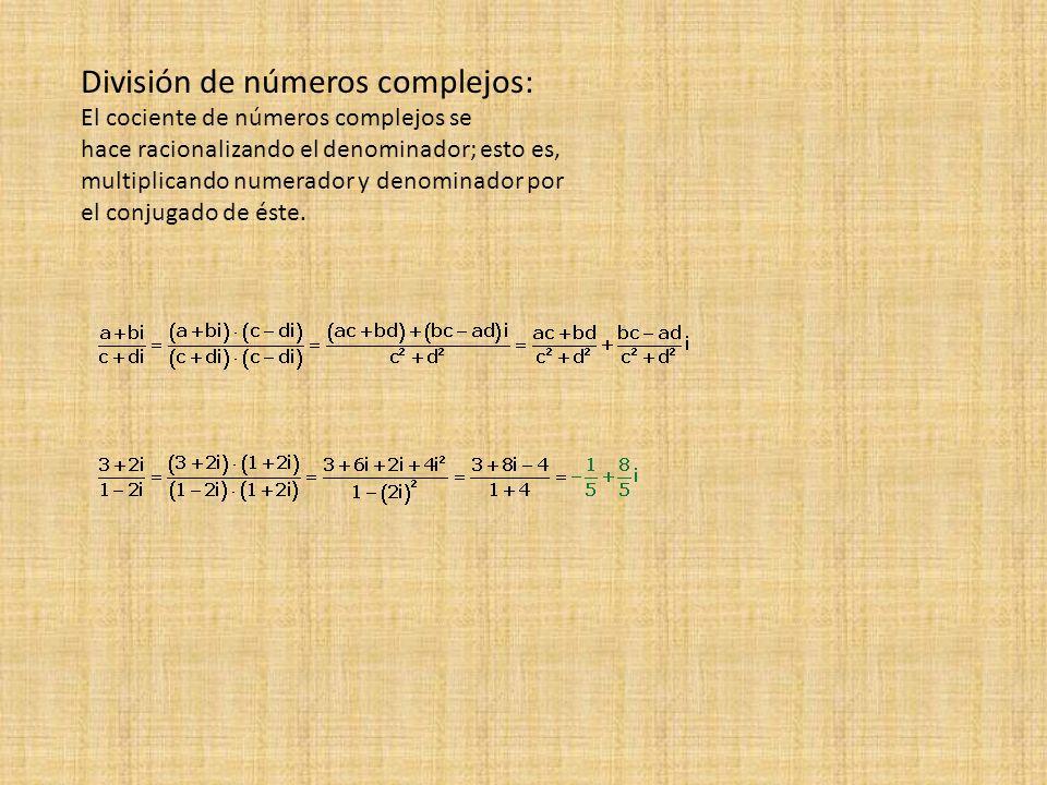 División de números complejos: