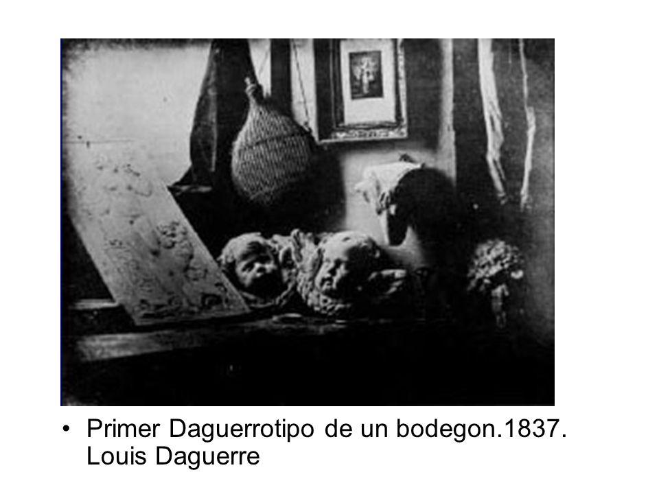 Primer Daguerrotipo de un bodegon.1837. Louis Daguerre