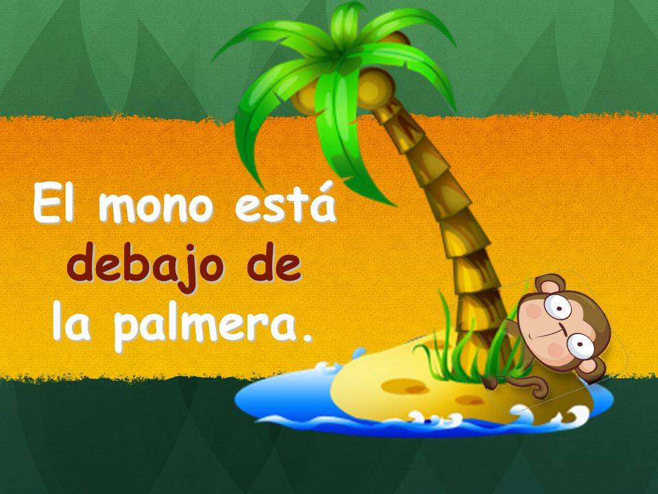 El mono está debajo de la palmera. debajo de