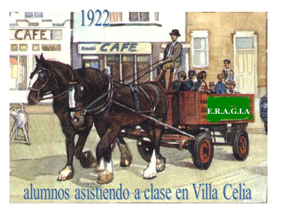 alumnos asistiendo a clase en Villa Celia