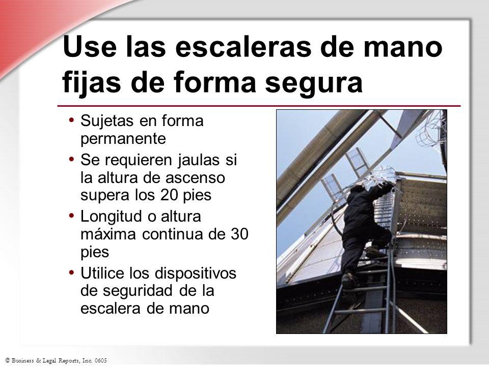 Use las escaleras de mano fijas de forma segura
