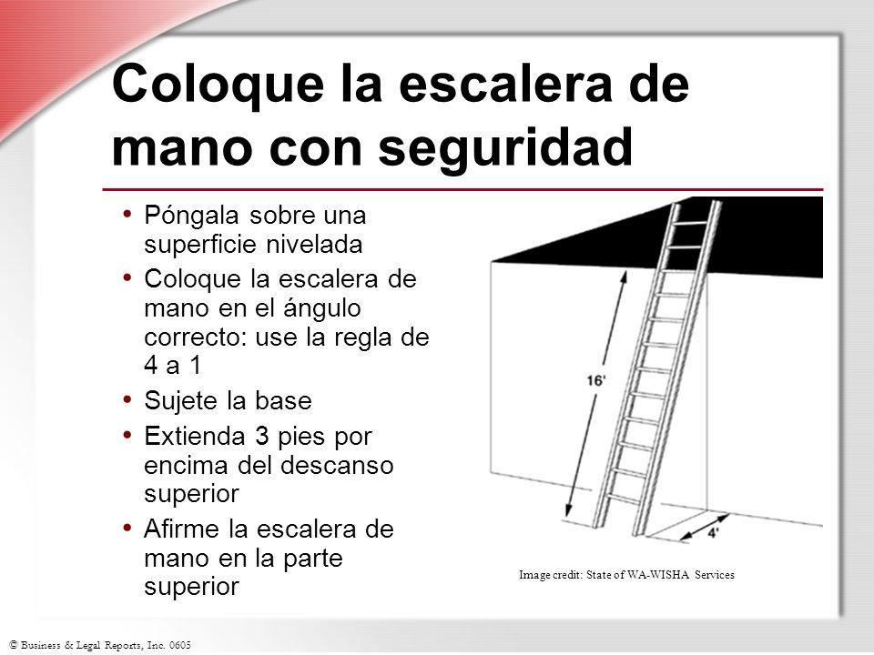 Coloque la escalera de mano con seguridad