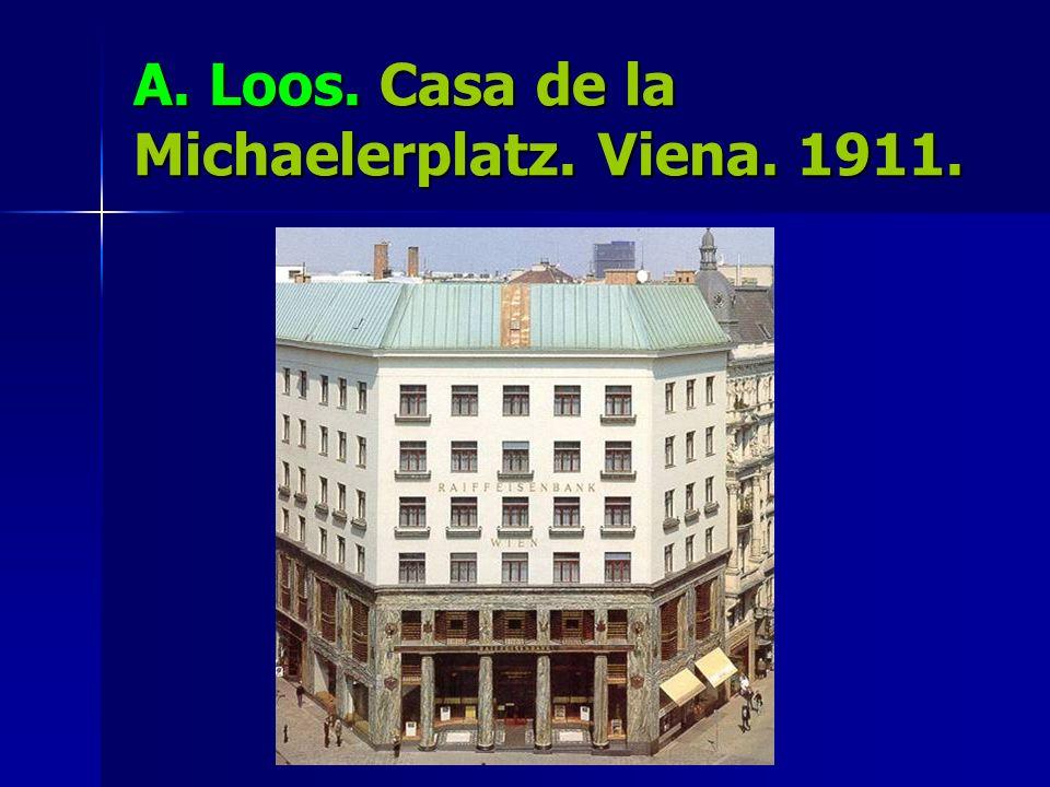 A. Loos. Casa de la Michaelerplatz. Viena. 1911.