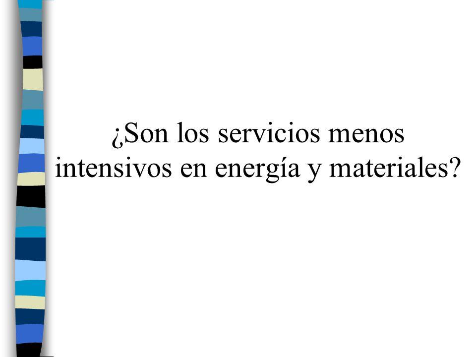 ¿Son los servicios menos intensivos en energía y materiales
