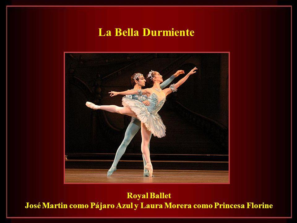 José Martin como Pájaro Azul y Laura Morera como Princesa Florine