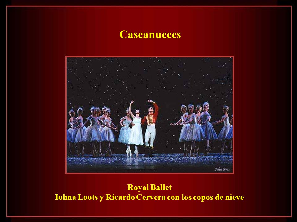 Iohna Loots y Ricardo Cervera con los copos de nieve