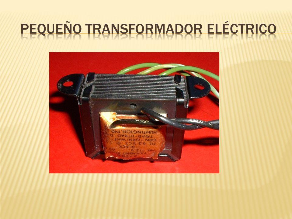 Pequeño transformador eléctrico