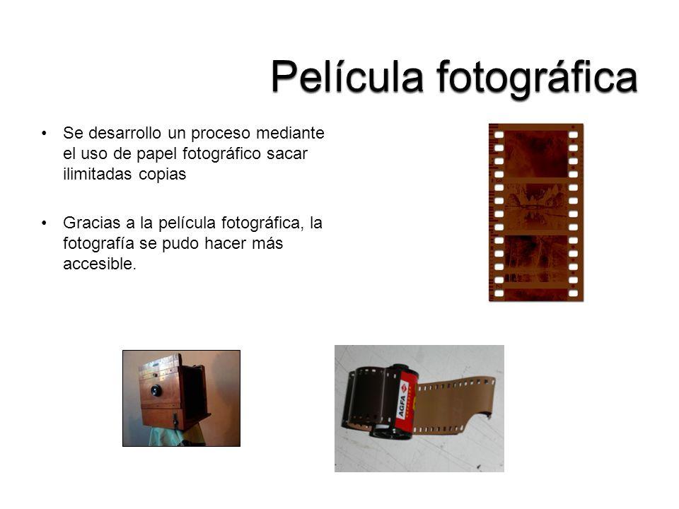 Película fotográfica Se desarrollo un proceso mediante el uso de papel fotográfico sacar ilimitadas copias.