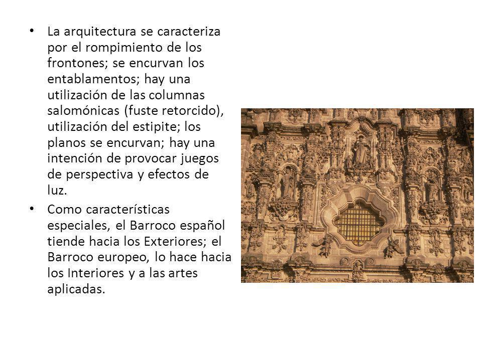 La arquitectura se caracteriza por el rompimiento de los frontones; se encurvan los entablamentos; hay una utilización de las columnas salomónicas (fuste retorcido), utilización del estipite; los planos se encurvan; hay una intención de provocar juegos de perspectiva y efectos de luz.