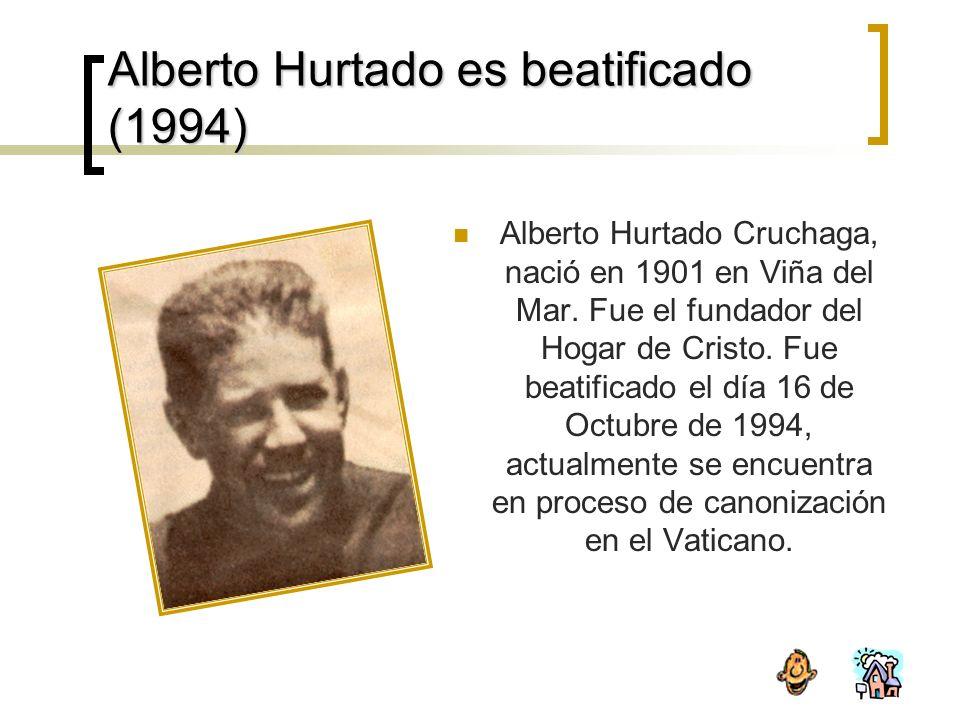 Alberto Hurtado es beatificado (1994)