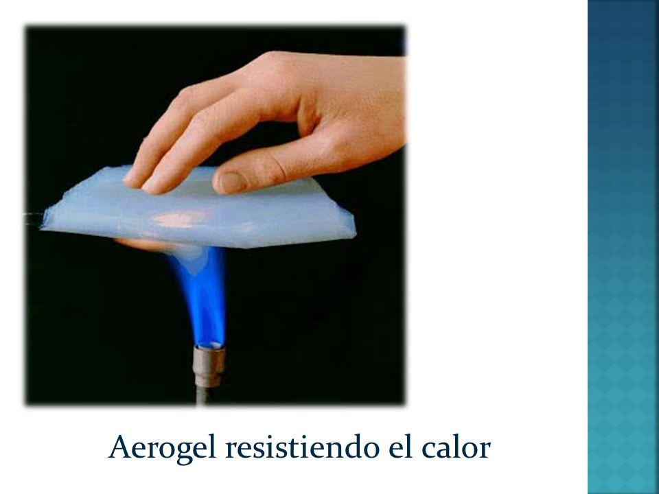 Aerogel resistiendo el calor
