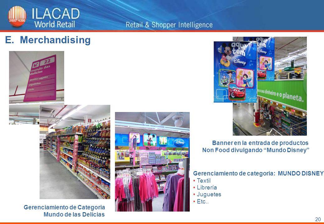 Merchandising Banner en la entrada de productos Non Food divulgando Mundo Disney Gerenciamiento de categoria: MUNDO DISNEY.