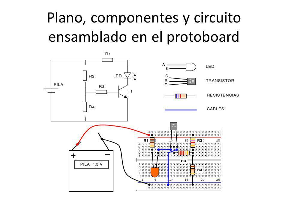 Plano, componentes y circuito ensamblado en el protoboard