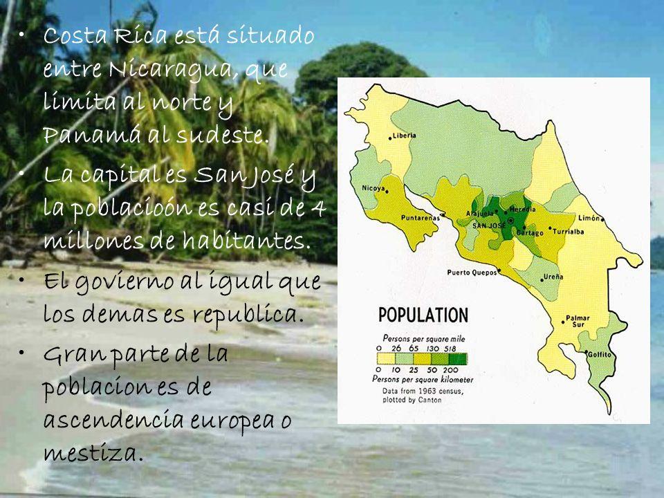 Costa Rica está situado entre Nicaragua, que limita al norte y Panamá al sudeste.