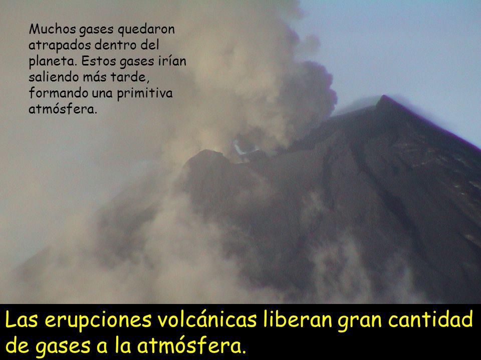 Muchos gases quedaron atrapados dentro del planeta