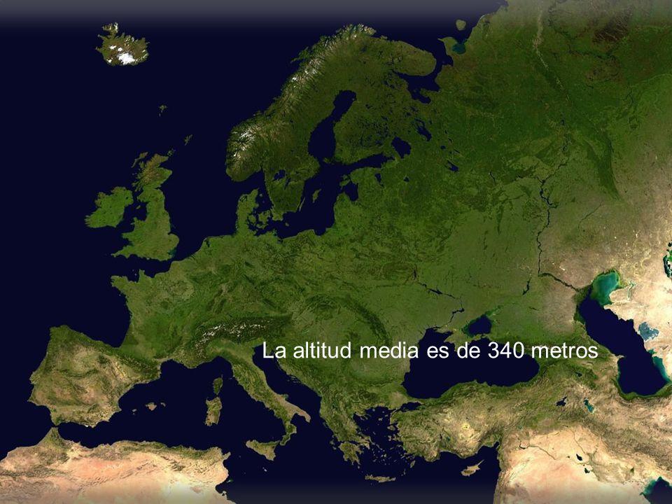 La altitud media es de 340 metros