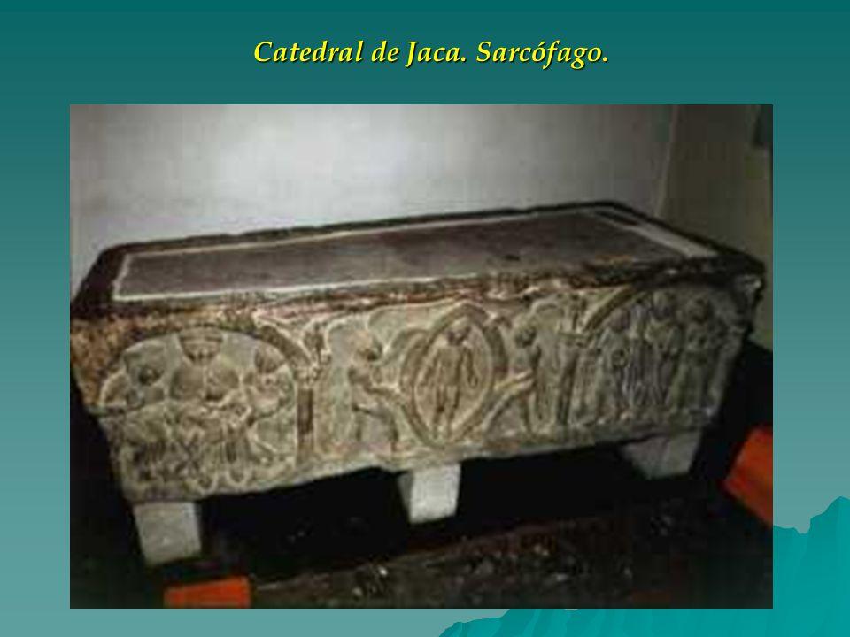 Catedral de Jaca. Sarcófago.