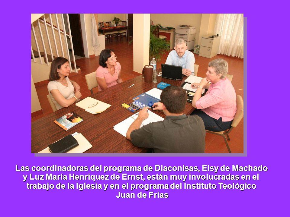 Las coordinadoras del programa de Diaconisas, Elsy de Machado